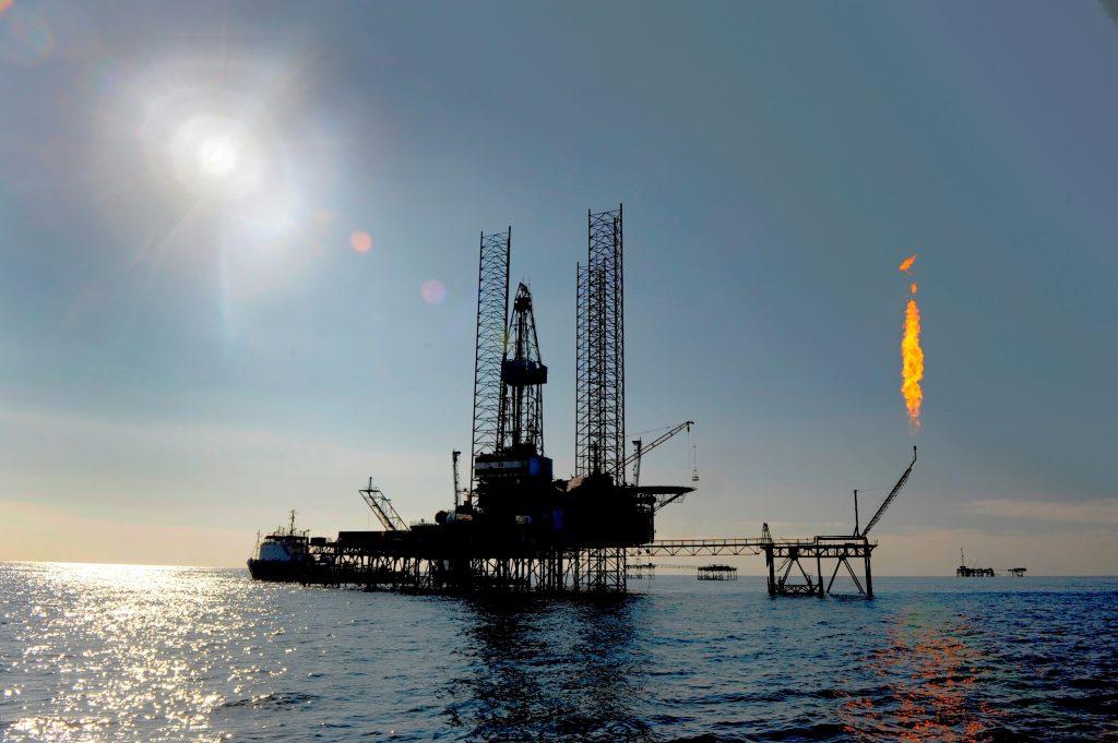 ENI begins production, offshore Angola